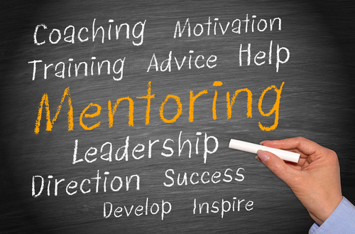 how does mentoring improve leadership skills